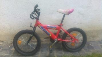 16–os gyermek kerékpár